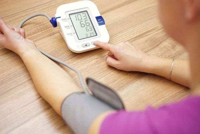 fehérje a vizelet hipertóniájában 45 éves magas vérnyomás elleni gyógyszerek