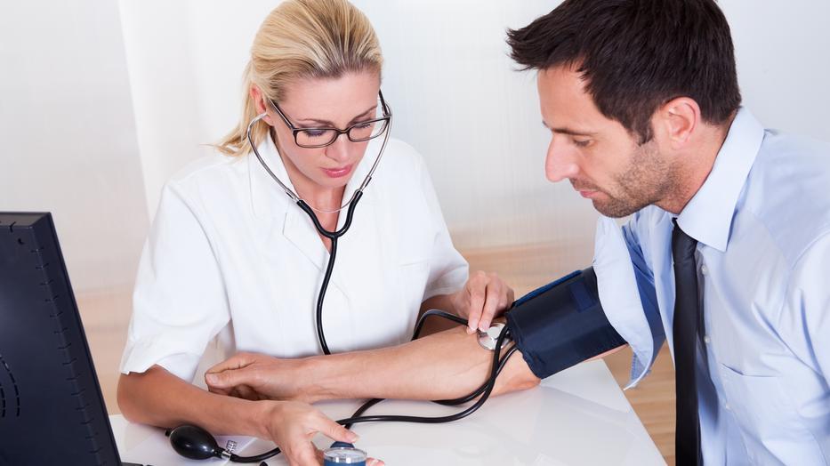 hogyan kell kezelni a magas vérnyomás támadását