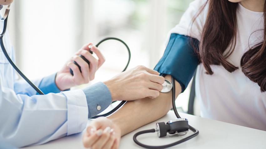 ciklikusan magas vérnyomás esetén