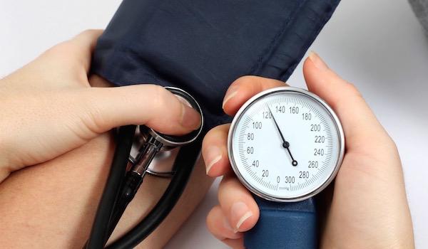 asd-2 alkalmazása magas vérnyomás esetén a magas vérnyomás szakaszának kezelése