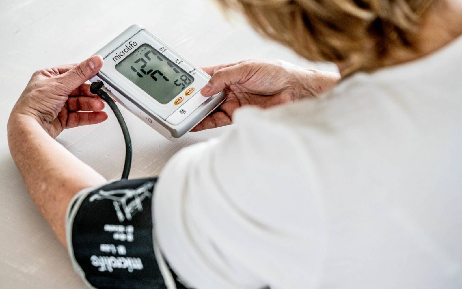 magas vérnyomású hematuria
