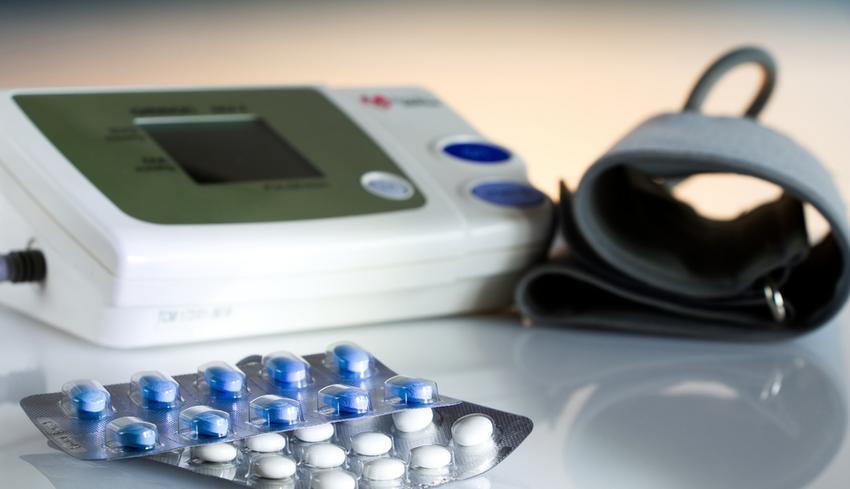 bogár gyógyszer férfi magas vérnyomás kezelés