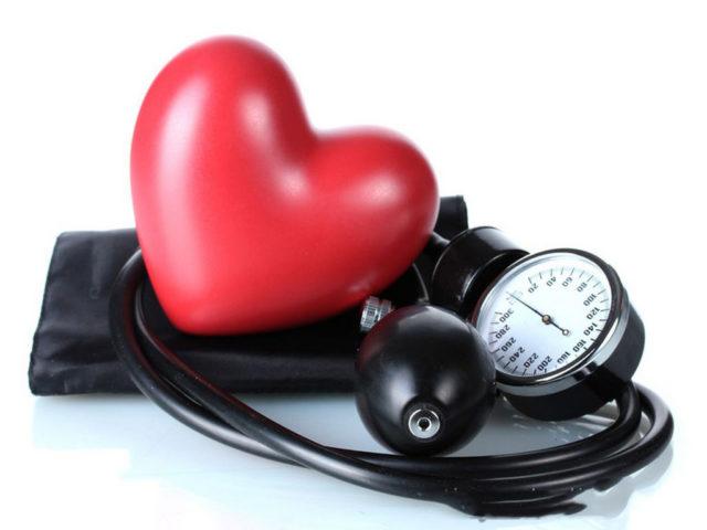 mellékvese-válságok és magas vérnyomás