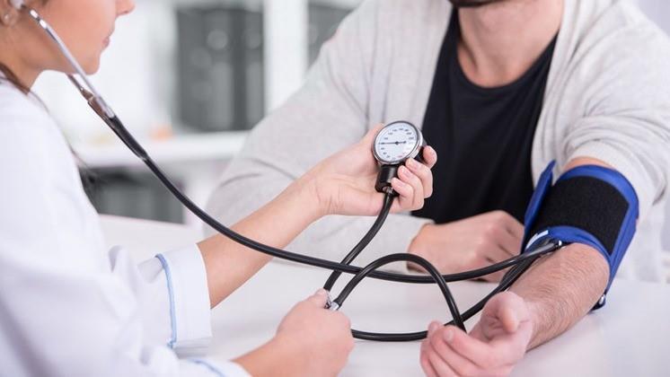 Élen jár régiónk magas vérnyomásban