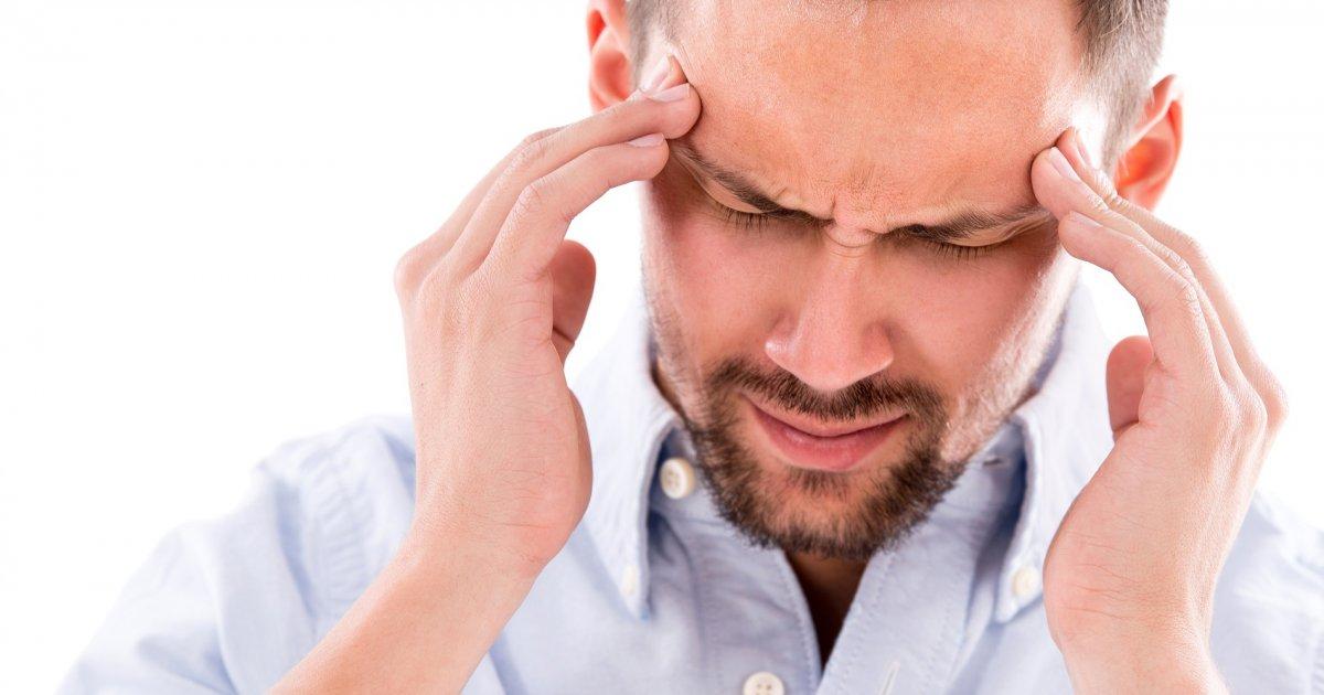 milyen fejfájás van magas vérnyomás esetén