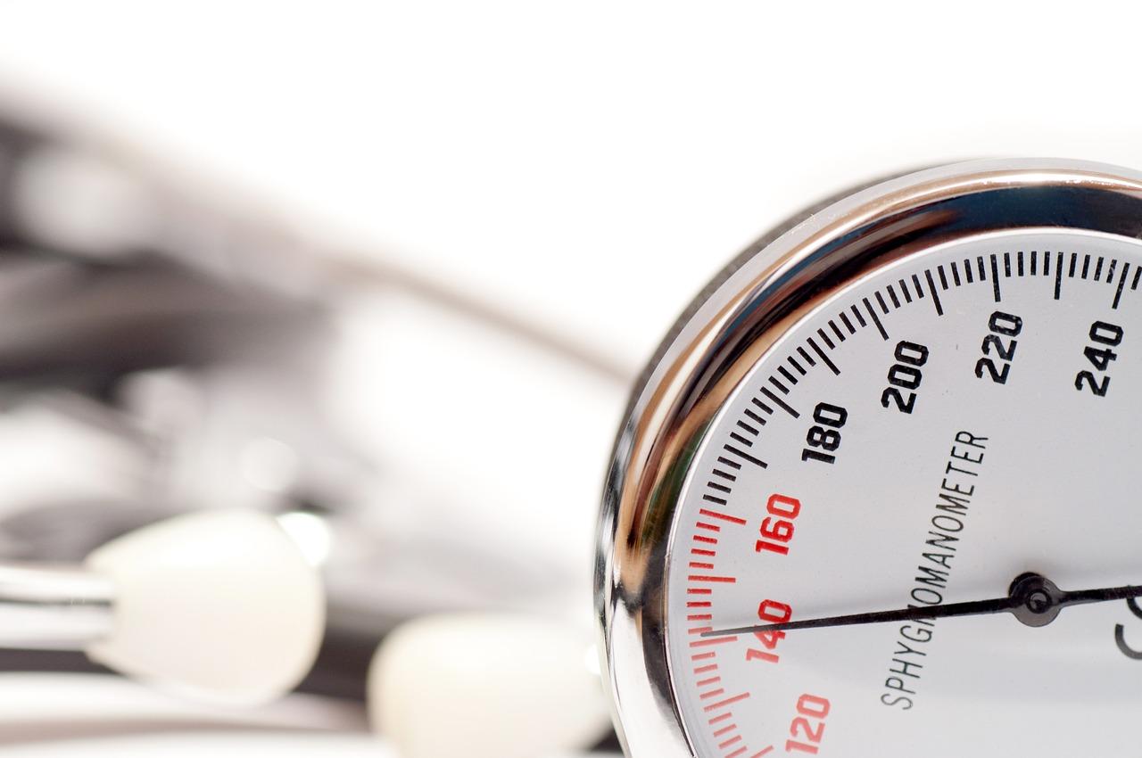 magas vérnyomás és a levegő páratartalma