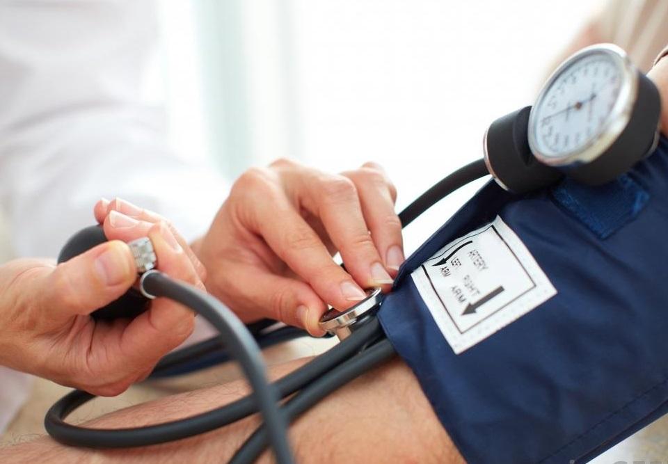 dorsopathia és magas vérnyomás vese cisztákból származó magas vérnyomás