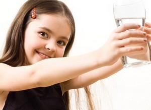 magas vérnyomás esetén egy pohár vizet hipertóniás köhögés lehet