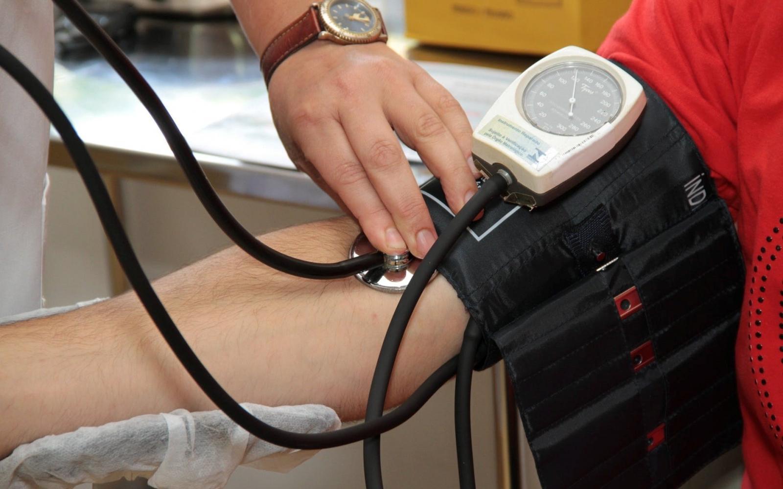 magas vérnyomás 2 fokos kockázat 2 nko bodza és magas vérnyomás