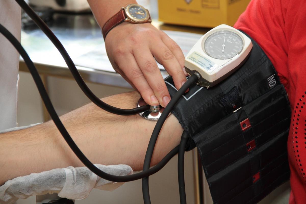 tüske a magas vérnyomásból