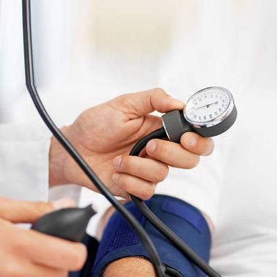 magas vérnyomás 2 fokos ICB kód